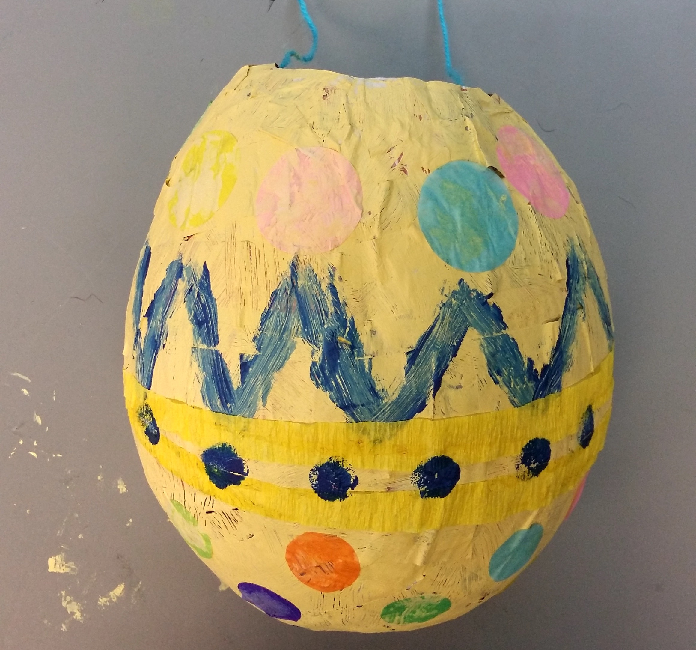 Piñata easter egg