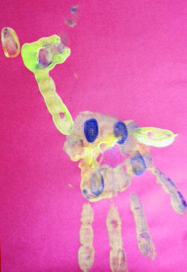 Giraffe hand-print