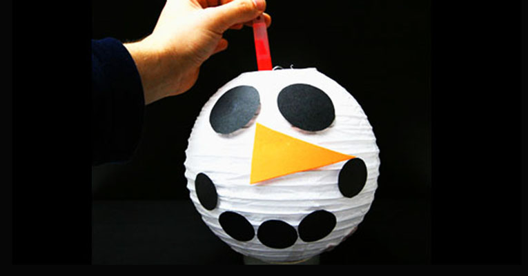 Super simple Snowman lantern for children | toucanBox